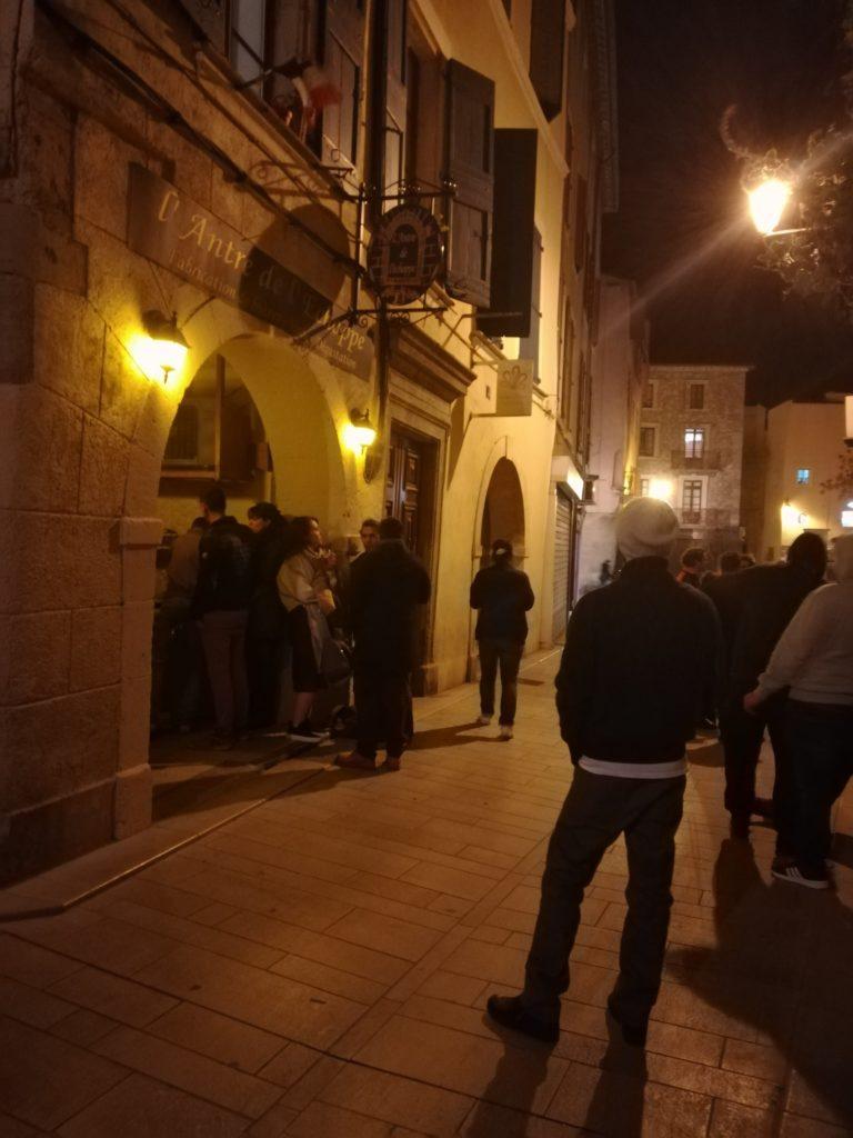 Extérieur bar l'Antre de l'échoppe à Narbonne
