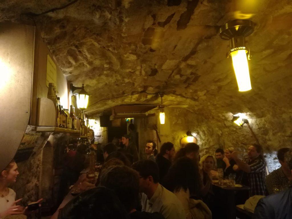 Bar l'Antre de l'échoppe à Narbonne, vue de la salle arrière