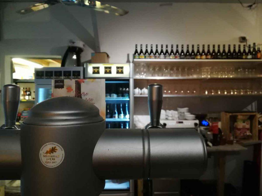 Tireuse du bar de la brasserie Cap d'Ona